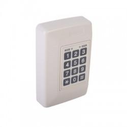 Controlador de una puerta y hasta 500 Usuarios, con capacidad de Conexión de Dos lectoras