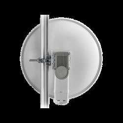 Suscriptor PMP 450 en 5 GHz con antena integrada de 25 dBi, 40 Mbps, C054045H013 (Requiere POE30, CABEPMP)
