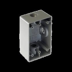 "Caja Condulet FS de 3/4"" ( 19.05 mm) con tres bocas a prueba de intemperie."