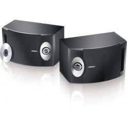 Parlantes para interiores Bose 301 / Color: Negro / Viene un par.